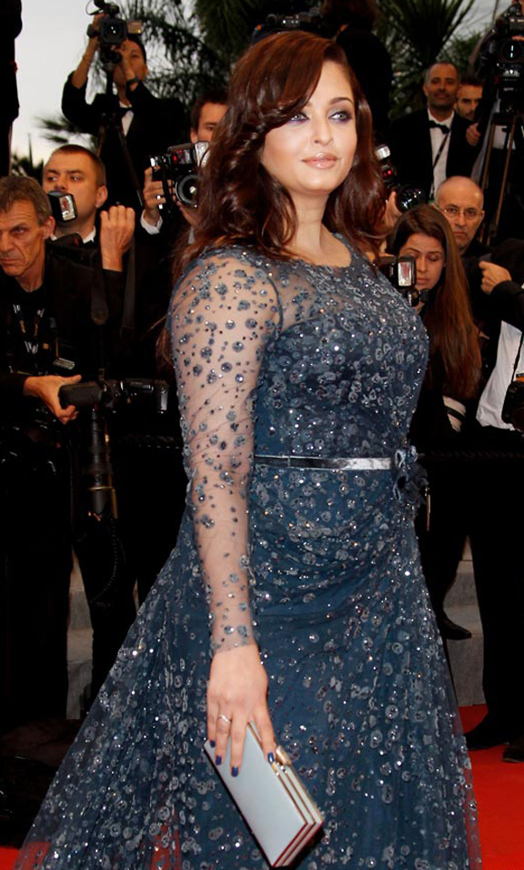 2012, Aishwarya, Aishwarya Rai, Beauty, Bollywood, Cannes, clothes, fashion, India, pregnancy, red carpet, Cosmopolis, wardrobe, weight, elie saab, roberto cavalli, kaftaan, kaftan, makeup
